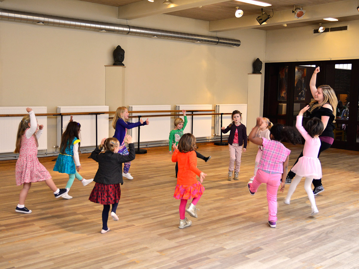 Dance Studio Movenza